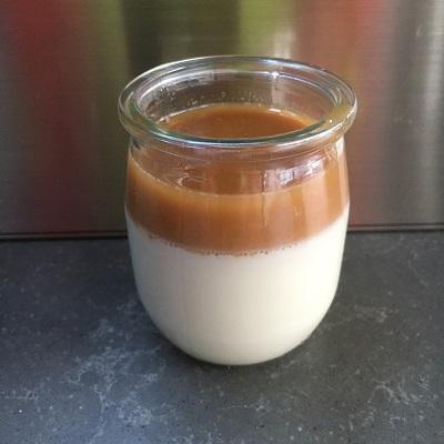 Dessert panna cotta caramel beurre salé au lait de chèvre